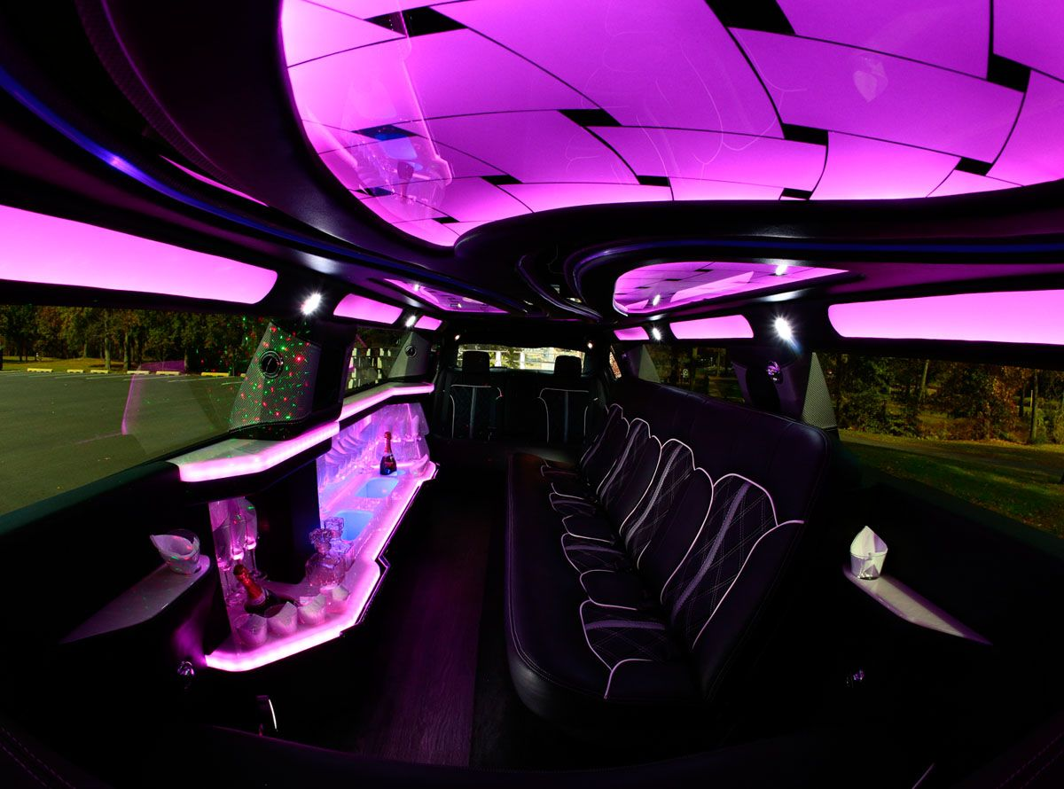 rolls royce phantom wedding rental with Lincoln Mks Stretch Limo on Rolls Royce Hire France together with Novato Range Rover Stretch Limo additionally 42 Passenger Limo Coach Party Bus further Vendor Orlando Wedding Cars in addition Pictures Of Pearl White Cars.