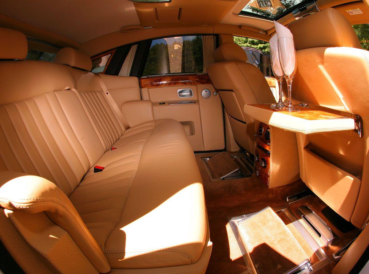 Phantom Rolls Royce limo