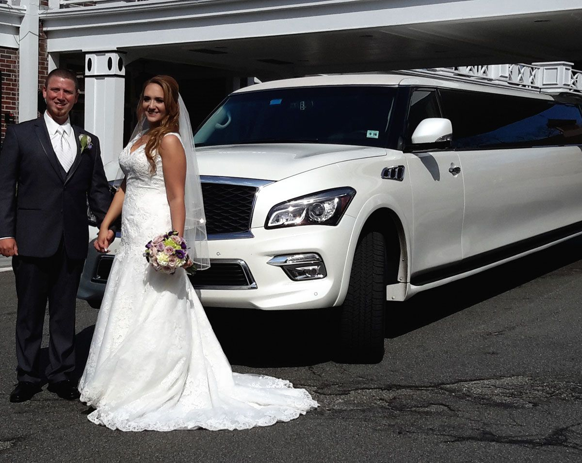 New Jersey Bride and Groom with Limo