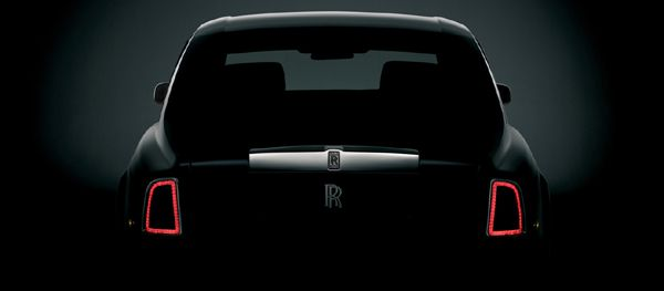 Rear silhouette of the Rolls Royce Phantom