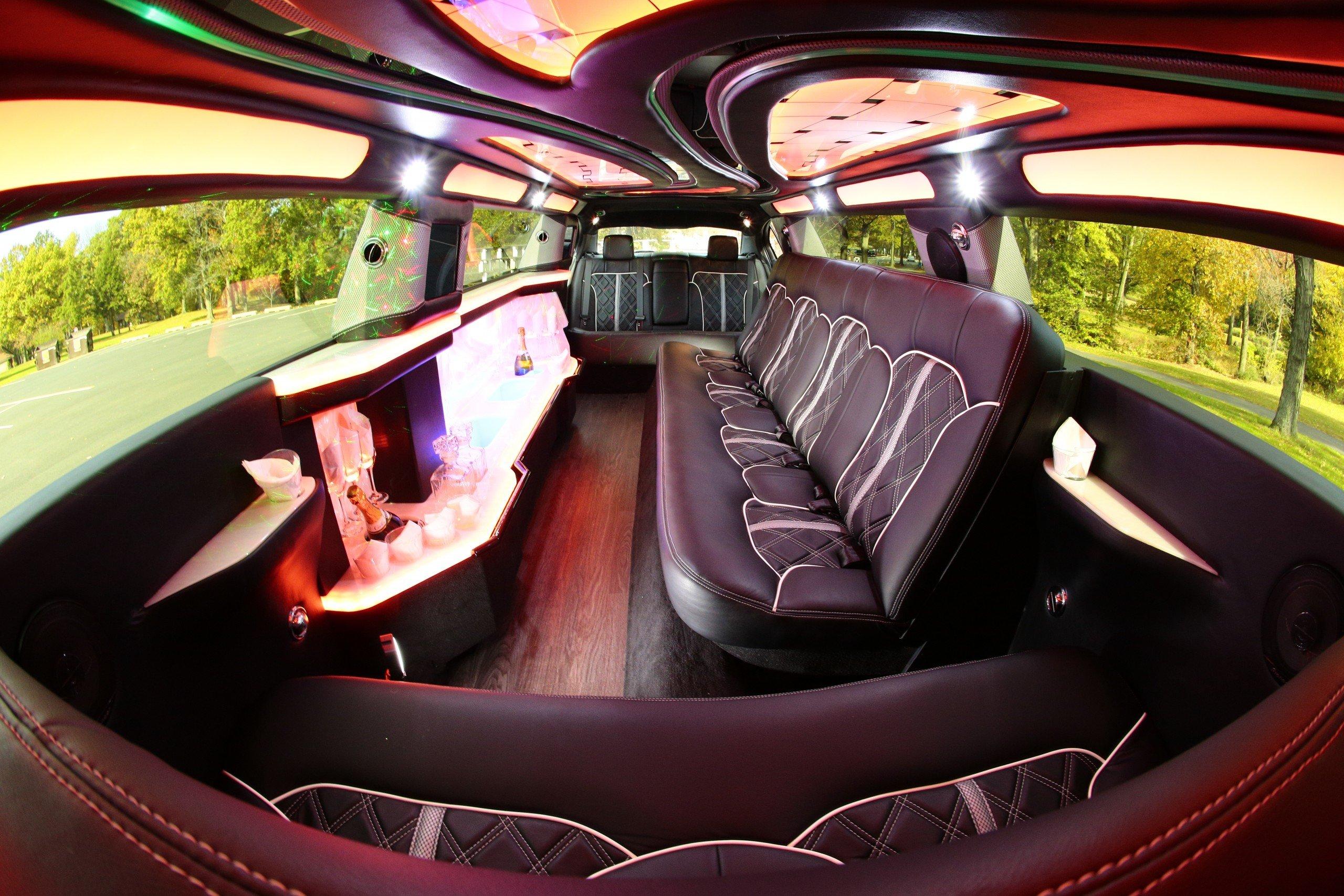 Lincoln MKS Stretch Limo - interior