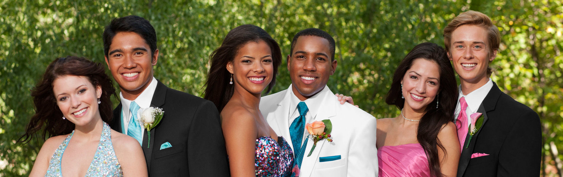 Junior Prom Limo Service and Party Bus Rentals