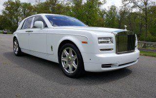 Rolls Royce Phantom - front